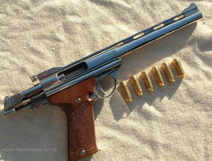 the amt auto mag 44 pistol. Black Bedroom Furniture Sets. Home Design Ideas